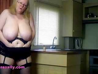Dirty Granny in the kitchen