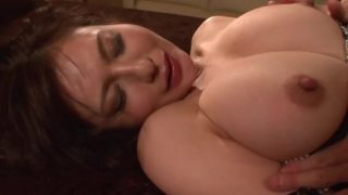 Passionate Sex with Busty Mature Wife Yuki Tsukamoto (Uncensored JAV)